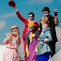 Clowns Group 7668