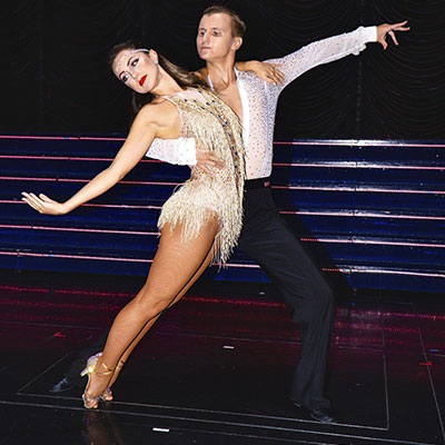 Ballroom Couple 106081