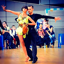 Ballroom Couple 107769