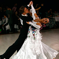 Ballroom Couple 108043