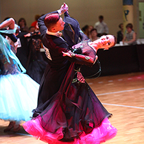 Ballroom Couple 109052