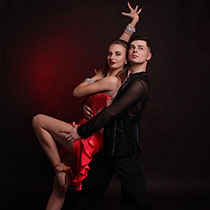 Ballroom Couple 109275