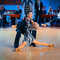 Ballroom Couple 109391