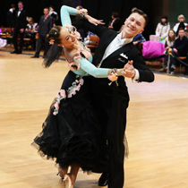 Ballroom Couple 109501
