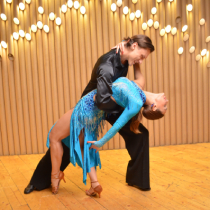 Ballroom Couple 109804