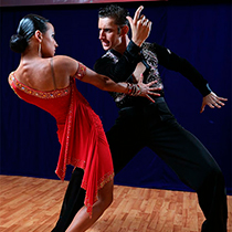 Ballroom Couple 105321