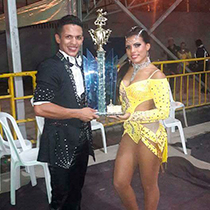 Salsa Couple 108347