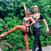 Salsa Couple 109134