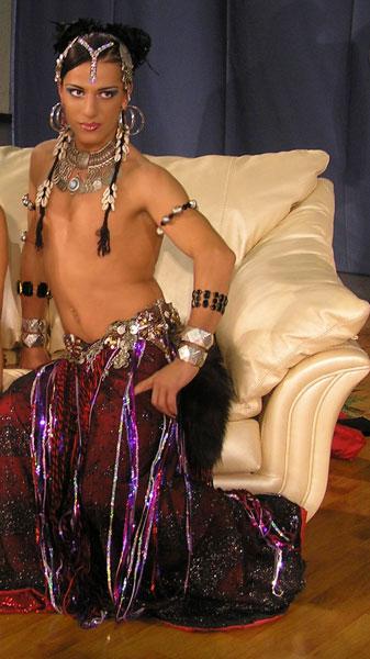 male belly dancer 1819