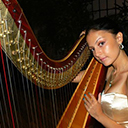 Female Harpist 7118