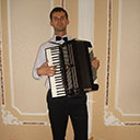 Accordion Player 105243