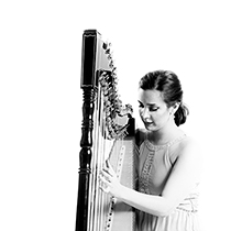 Female Harpist 108637