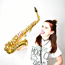 Female Saxophonist 108183