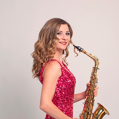 Female Saxophonist 109149