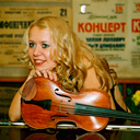 Female Violin Player 912