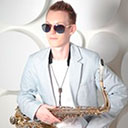 Male Saxophonist 9034