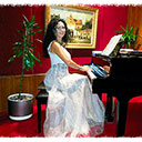 Female Pianist 104967