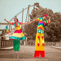 Stiltwalkers 106752